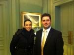 Roberta Adorni e o guia da Moet Christophe Martins